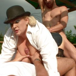 New full scene busted out: Big tizzlez Kirstyn